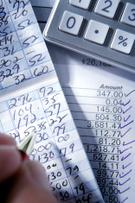 1582378-balancing-checkbook-8